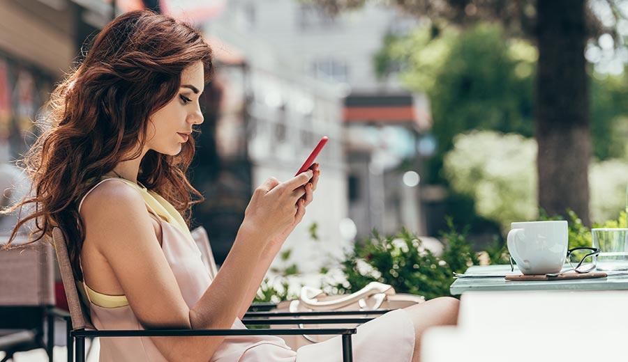 Chamar-atenção-de-uma-mulher-no-WhatsApp